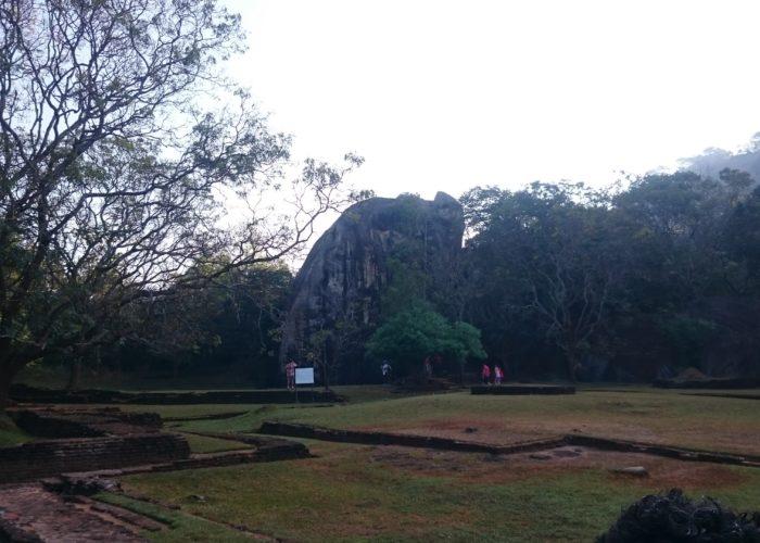 Sigiriya-lion-rock-Sri-Lanka4