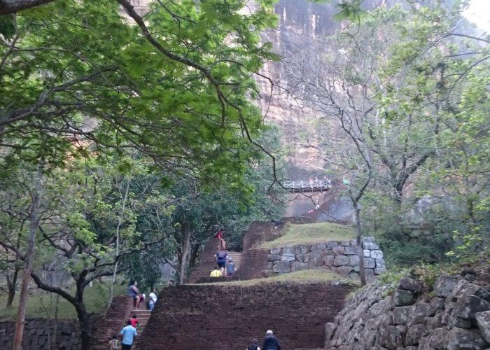Sigiriya-lion-rock-Sri-Lanka9