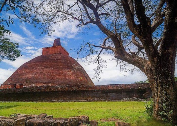 Ancient-Ruins-Sacred-City-of-Anuradhapura-1