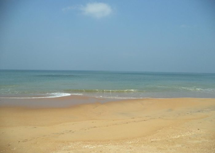 Marawila-beach-lanka