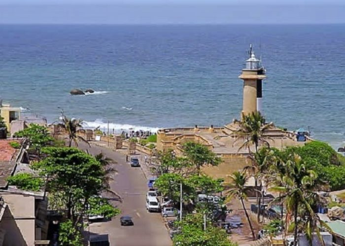 Colombo-Lighthouse-1
