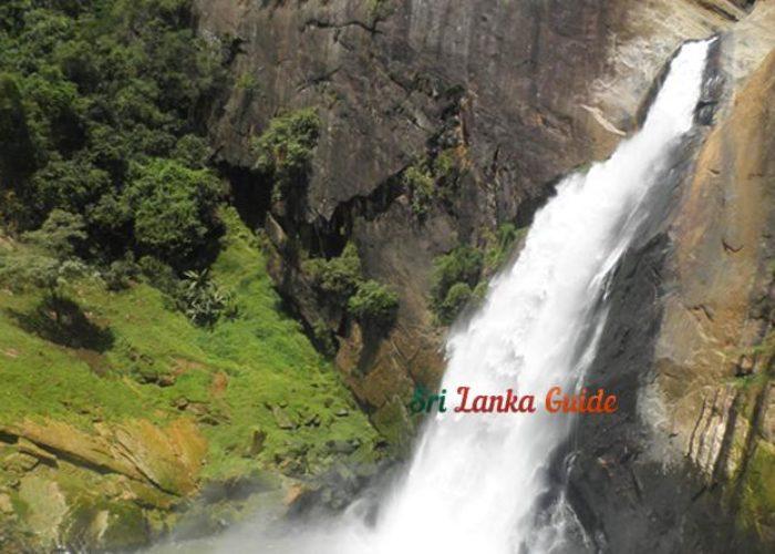 dunhinda-waterfall-view-sri-lanka