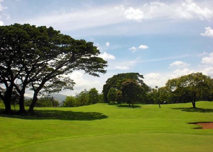 Victoria-Golf-Kandy2