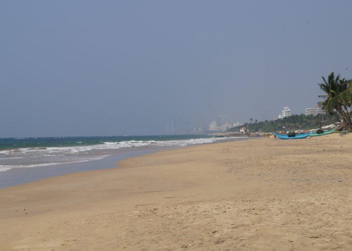 Beach Mount Lavinia