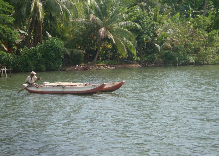 Koggala ship Lake