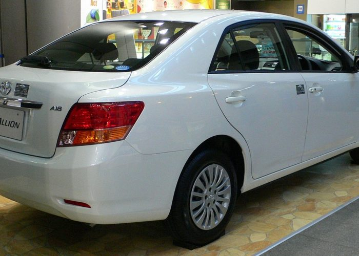 Savinta Toyota_Allion rent
