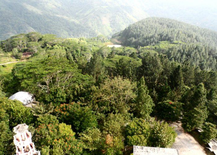 Ambuluwawa tower view