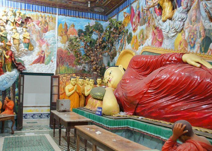 Agurukaramulla Temple 2