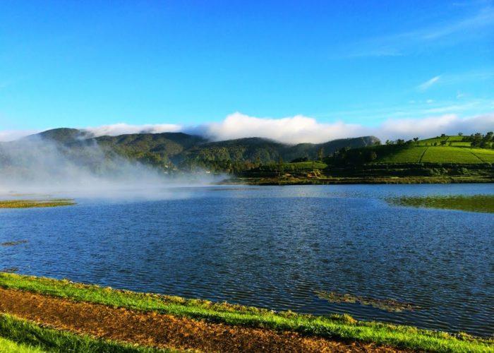 Gregory Lake in Nuwara Eliya 2