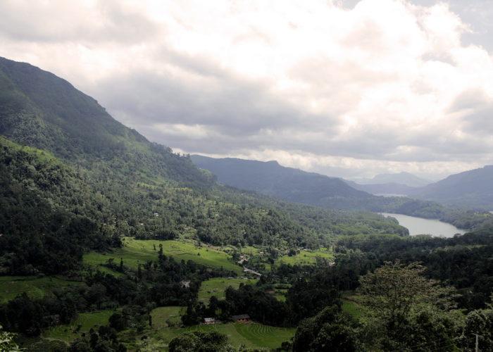 Pidurutalagala Sri-Lanka